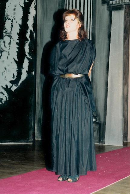 theaterverein-wetter-antigone-bild16