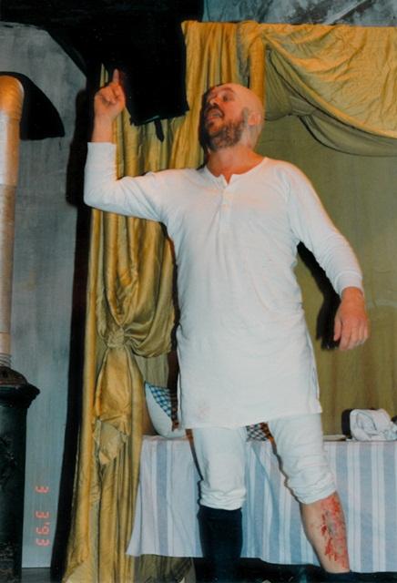 theaterverein-wetter-der-zerbrochene-krug-bild06