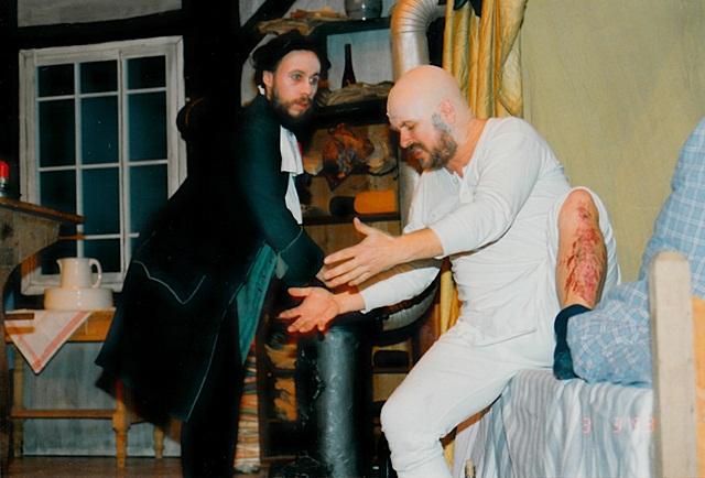 theaterverein-wetter-der-zerbrochene-krug-bild08