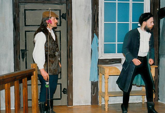 theaterverein-wetter-der-zerbrochene-krug-bild09