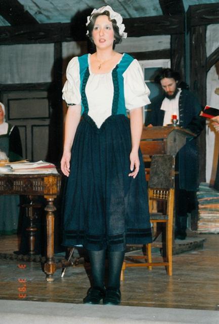 theaterverein-wetter-der-zerbrochene-krug-bild14