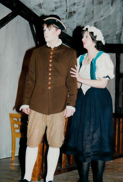 theaterverein-wetter-der-zerbrochene-krug-bild20