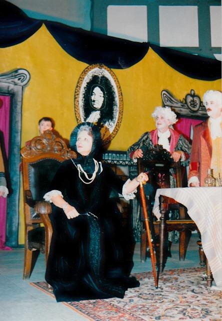 theaterverein-wetter-tartuffe-bild01