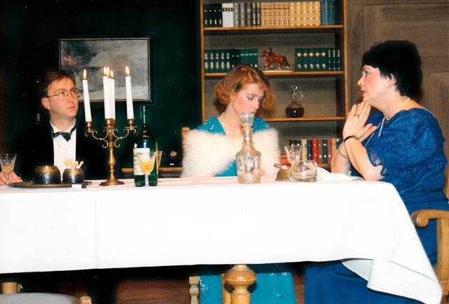 theaterverein-wetter-ein-inspektor-kommt-bild01
