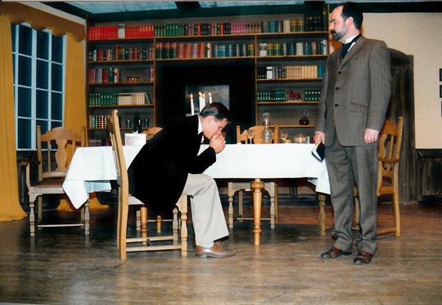 theaterverein-wetter-ein-inspektor-kommt-bild03