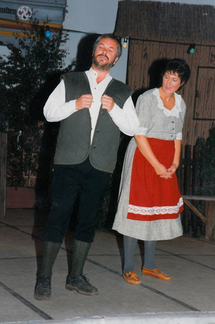 theaterverein-wetter-der-froehliche-weinberg-bild12