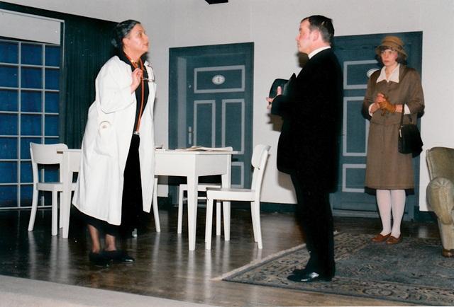 theaterverein-wetter-die-physiker-bild23