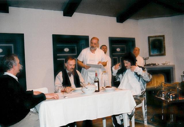 theaterverein-wetter-die-physiker-bild30