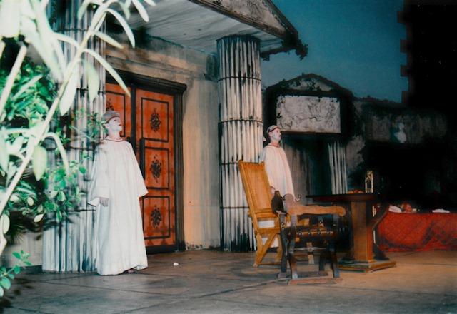 theaterverein-wetter-romulus-der-grosse-bild06