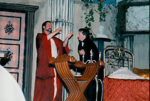 theaterverein-wetter-romulus-der-grosse-bild10