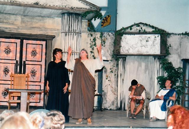 theaterverein-wetter-romulus-der-grosse-bild13