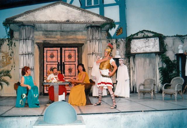 theaterverein-wetter-romulus-der-grosse-bild14