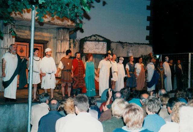 theaterverein-wetter-romulus-der-grosse-bild18
