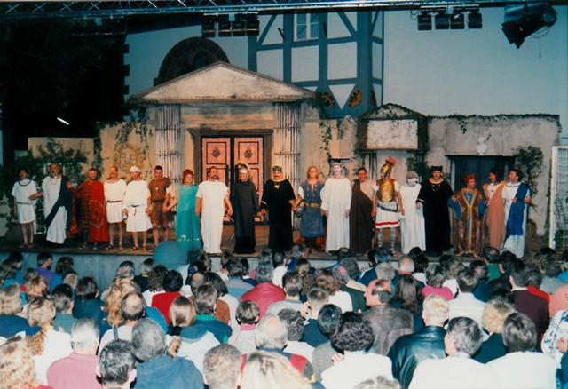 theaterverein-wetter-romulus-der-grosse-bild19