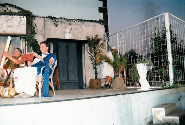 theaterverein-wetter-romulus-der-grosse-bild22