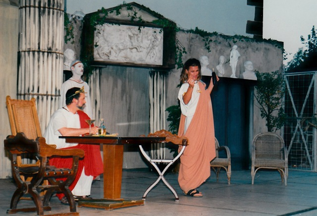 theaterverein-wetter-romulus-der-grosse-bild26
