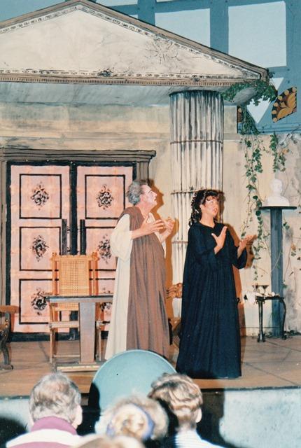 theaterverein-wetter-romulus-der-grosse-bild32