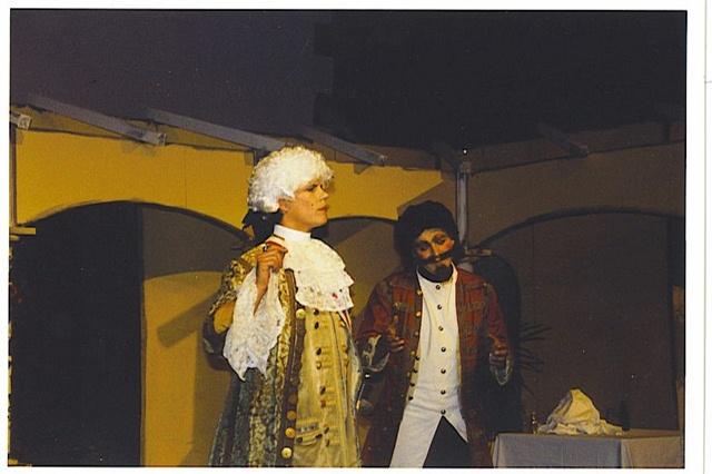 theaterverein-wetter-mirandolina-bild02