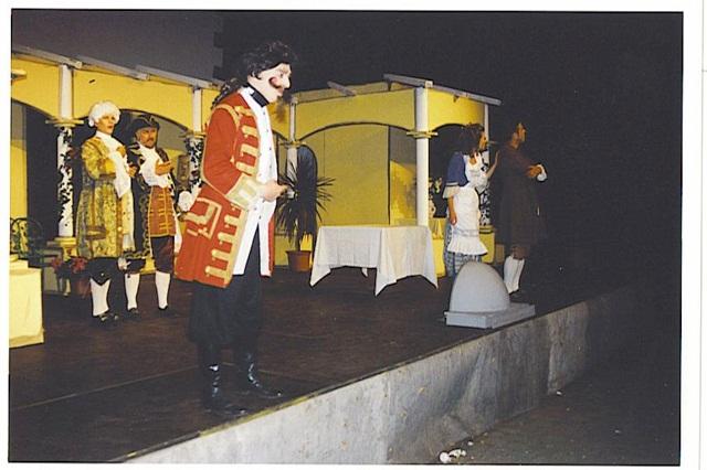 theaterverein-wetter-mirandolina-bild05