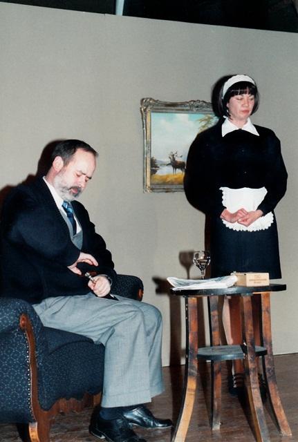 theaterverein-wetter-biedermann-und-die-brandstifter-bild13