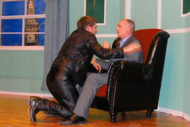 theaterverein-wetter-ausser-kontrolle-bild06