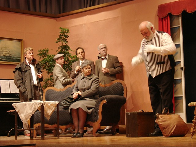 theaterverein-wetter-zehn-kleine-negerlein-bild04