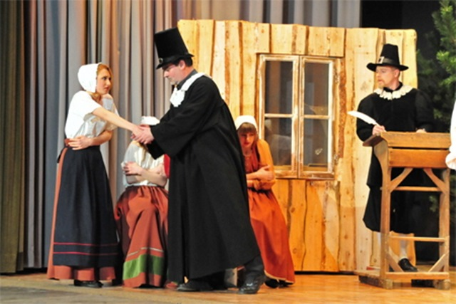 theaterverein-wetter-hexenjagd-bild-26