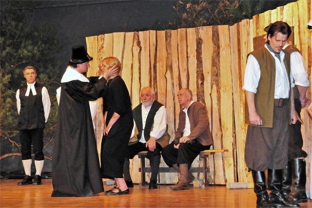 theaterverein-wetter-hexenjagd-bild-28