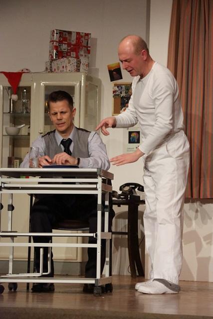 theaterverein-wetter-und-alles-auf-krankenschein-bild01
