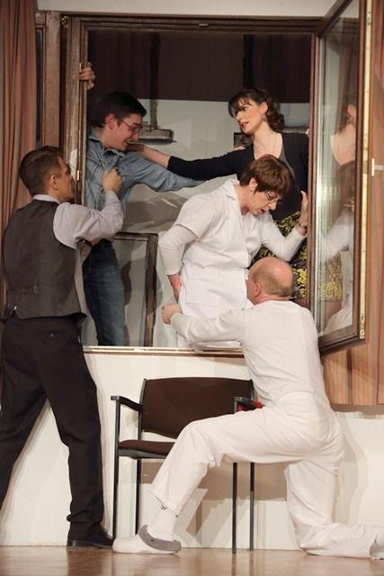 theaterverein-wetter-und-alles-auf-krankenschein-bild17