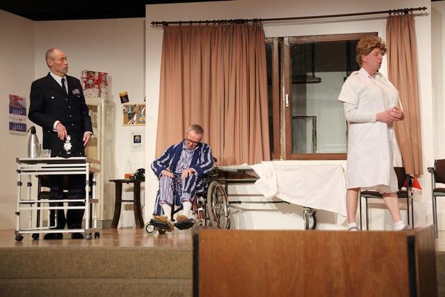 theaterverein-wetter-und-alles-auf-krankenschein-bild29