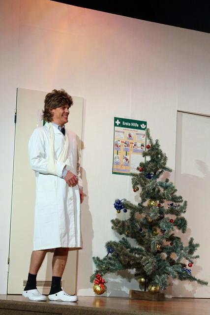 theaterverein-wetter-und-alles-auf-krankenschein-bild30