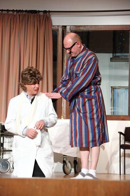 theaterverein-wetter-und-alles-auf-krankenschein-bild32