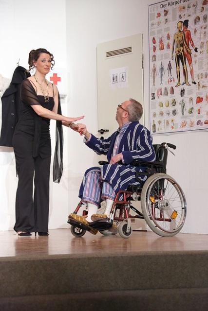 theaterverein-wetter-und-alles-auf-krankenschein-bild33