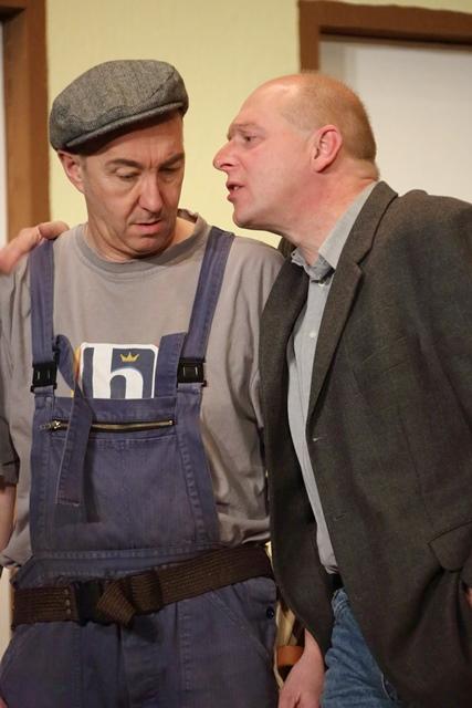 theaterverein-wetter-der-nackte-wahnsinn-premiere-30