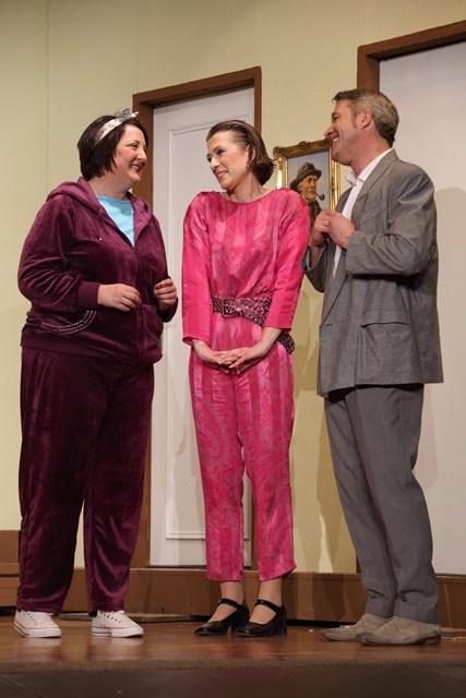 theaterverein-wetter-der-nackte-wahnsinn-premiere-34