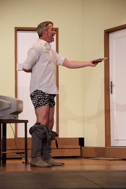 theaterverein-wetter-der-nackte-wahnsinn-premiere-41