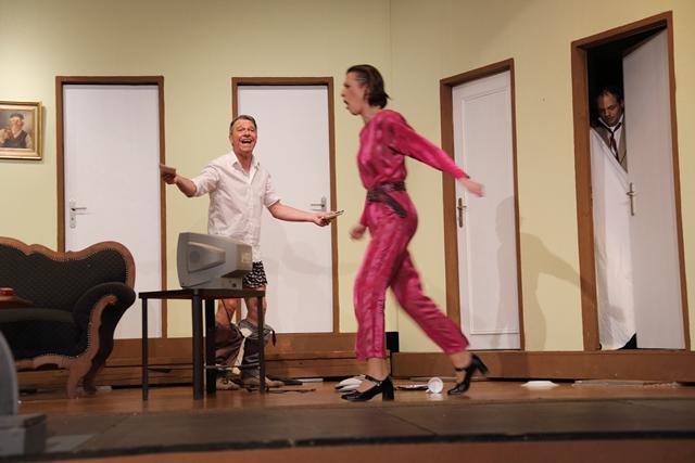 theaterverein-wetter-der-nackte-wahnsinn-premiere-43
