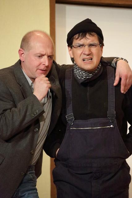 theaterverein-wetter-der-nackte-wahnsinn-premiere-48