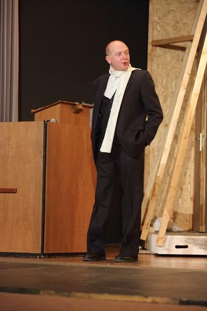 theaterverein-wetter-der-nackte-wahnsinn-premiere-53