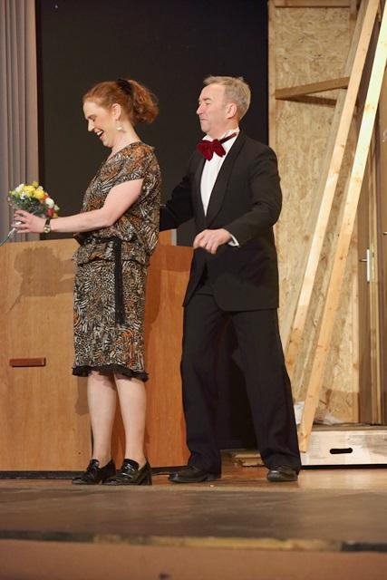 theaterverein-wetter-der-nackte-wahnsinn-premiere-57