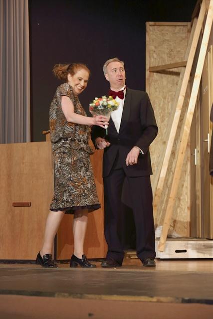 theaterverein-wetter-der-nackte-wahnsinn-premiere-58