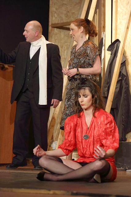 theaterverein-wetter-der-nackte-wahnsinn-premiere-60