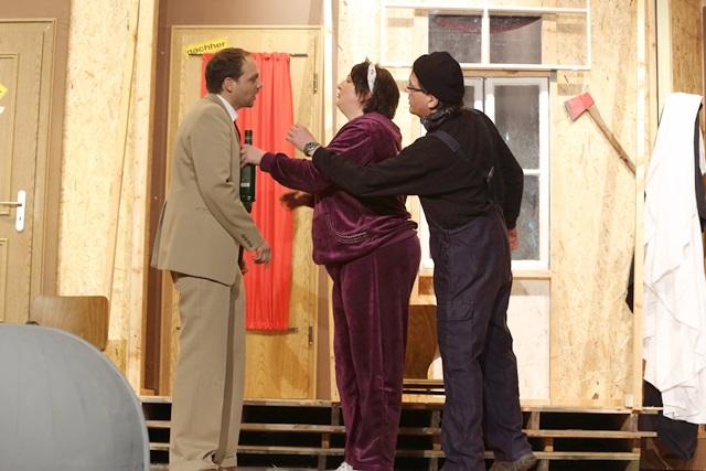 theaterverein-wetter-der-nackte-wahnsinn-premiere-70