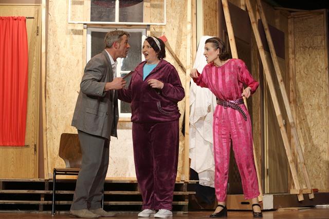 theaterverein-wetter-der-nackte-wahnsinn-premiere-72