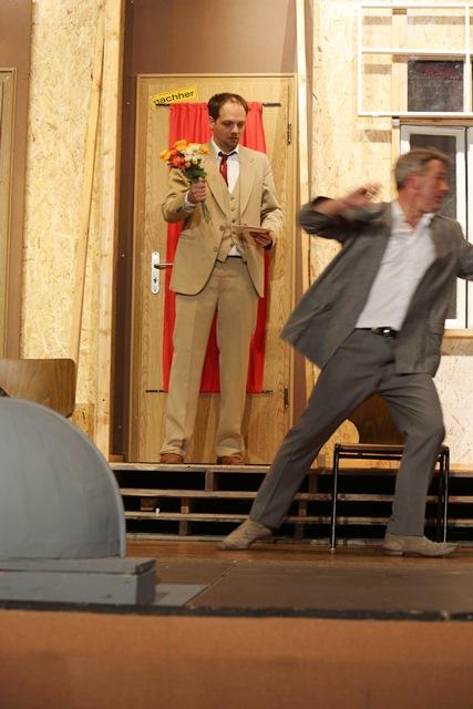 theaterverein-wetter-der-nackte-wahnsinn-premiere-73