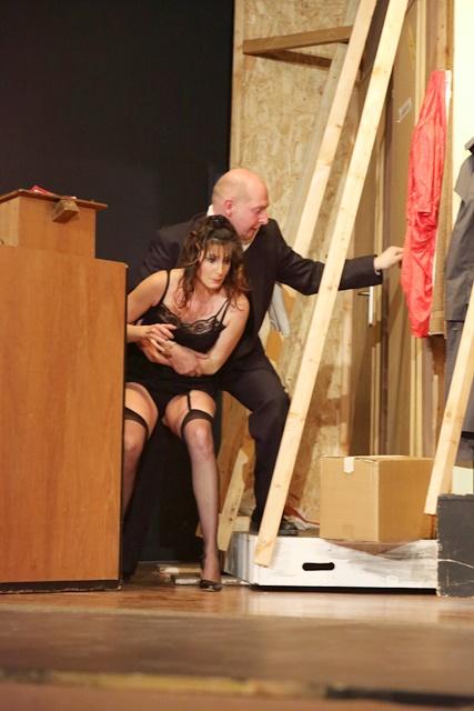 theaterverein-wetter-der-nackte-wahnsinn-premiere-77