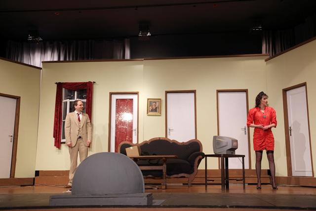 theaterverein-wetter-der-nackte-wahnsinn-premiere-87