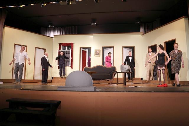 theaterverein-wetter-der-nackte-wahnsinn-premiere-94