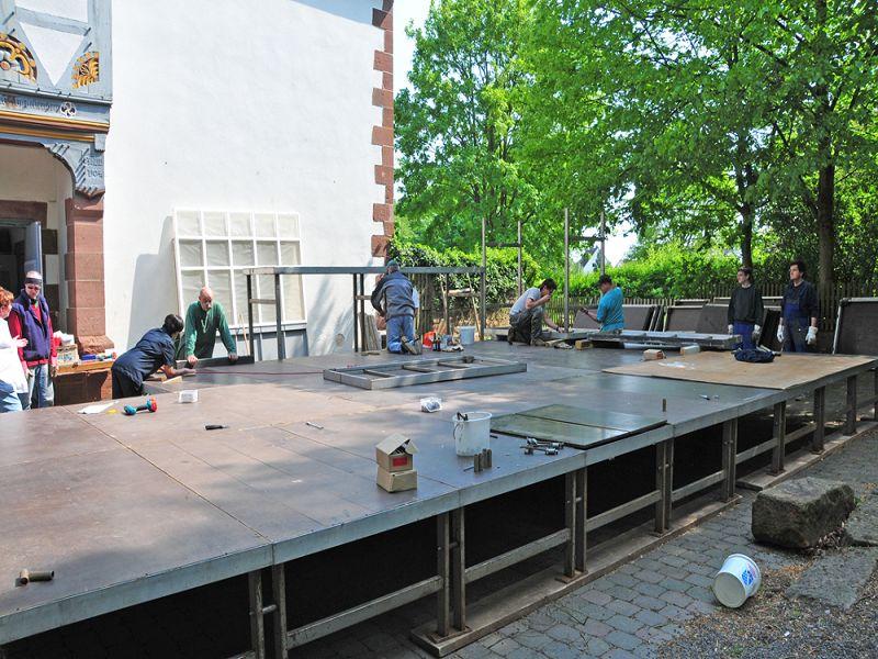 theaterverein-wetter-das-haus-in-montevideo-buehnenbau